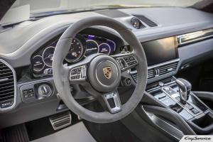 Кай Сервис. Интерьер и внутреннее оснащение автомобилей Porsche.